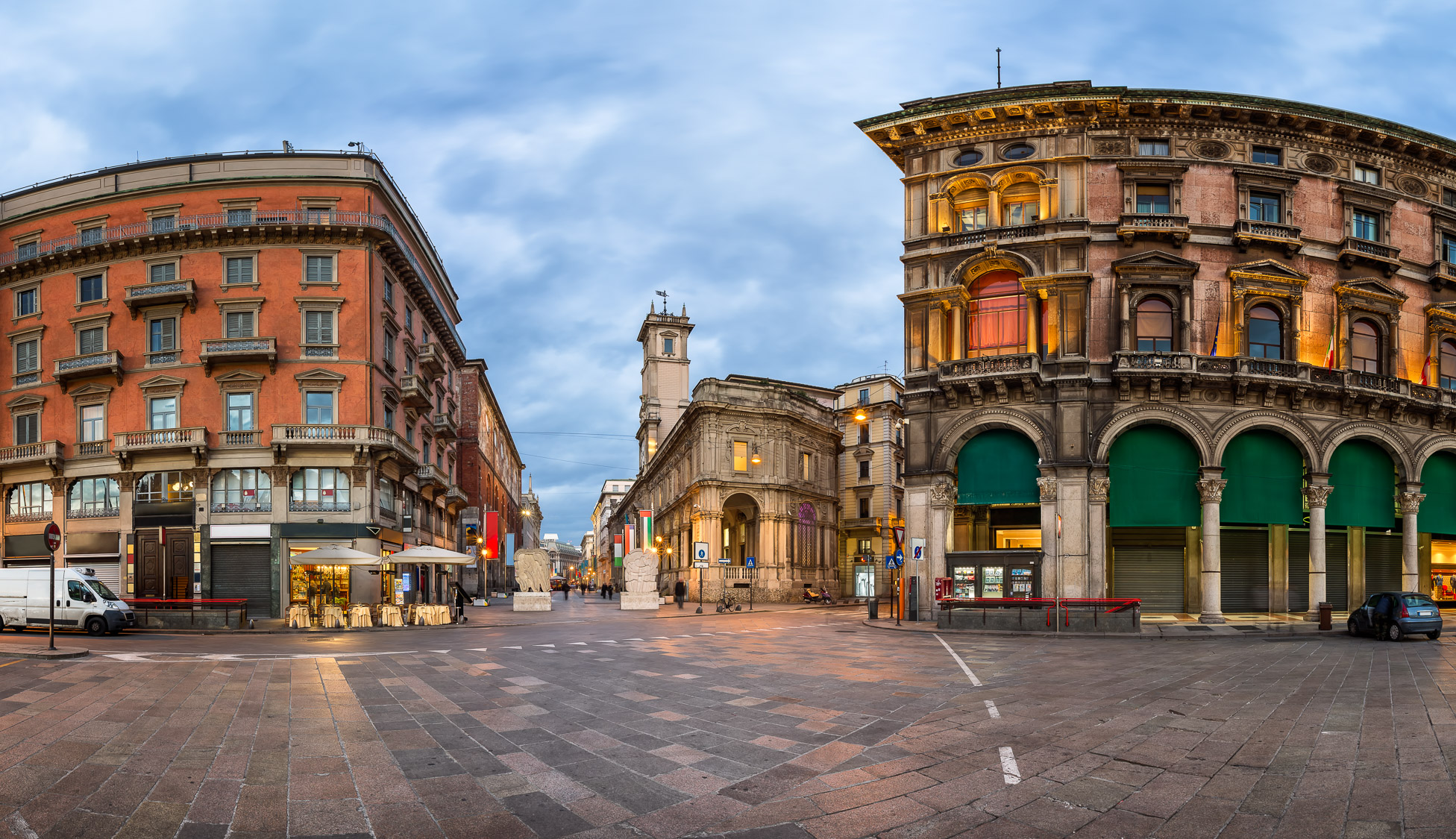 Piazza del Duomo and Via dei Mercanti in the Morning, Milan, Italy
