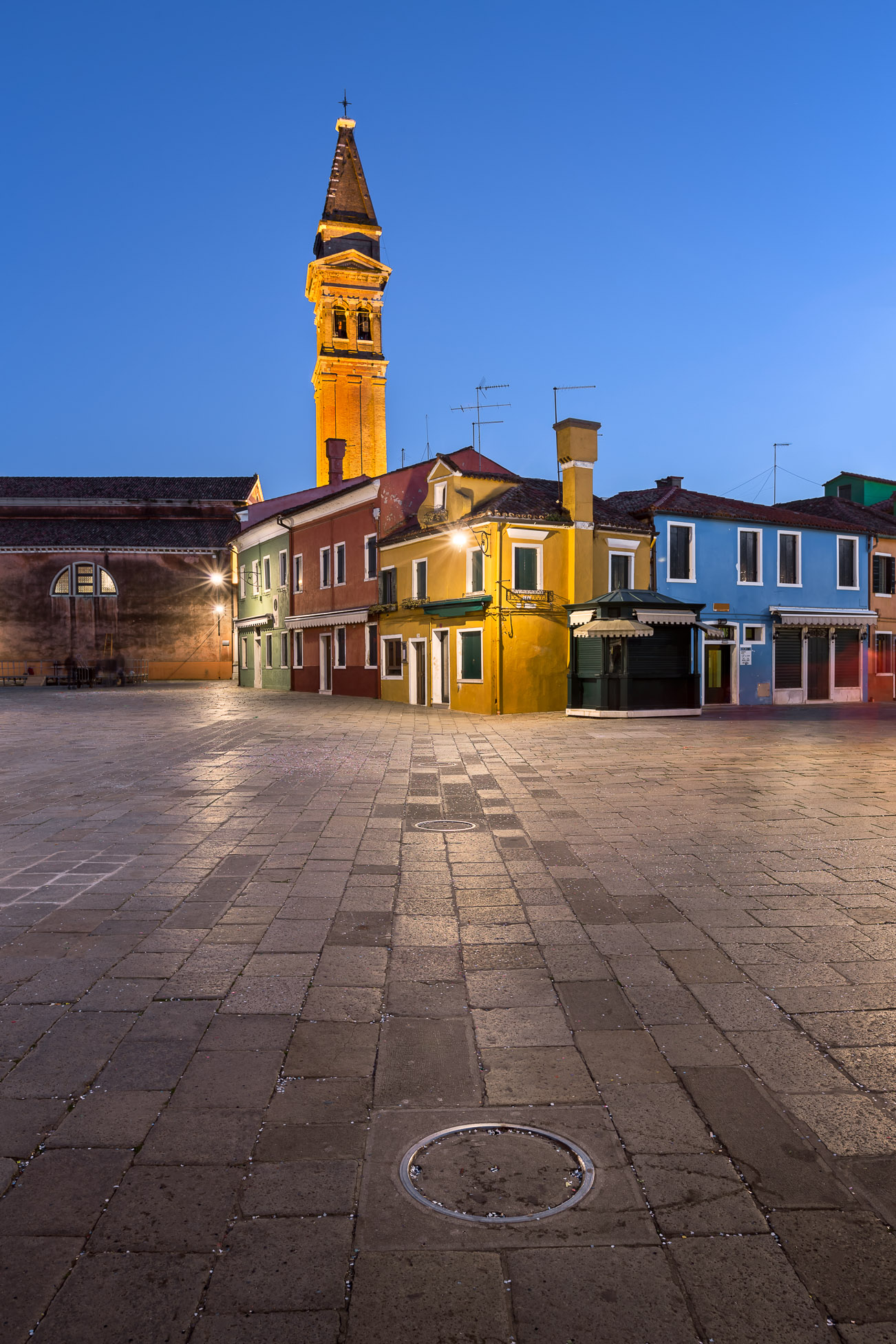 Chiesa di San Martino and Colorful Burano Houses in the Evening, Burano, Veneto, Italy